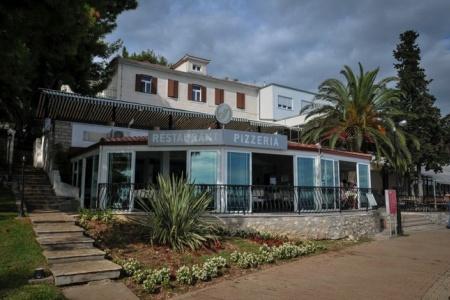 Invia – Hotel Jadran,