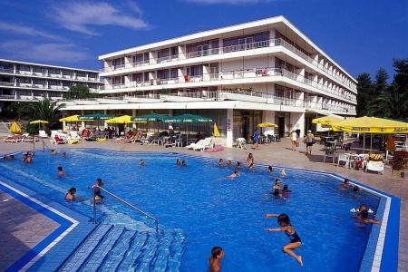 Invia – Hotel Lavanda***,