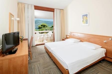 Invia – Hotel Tirena, Dubrovník