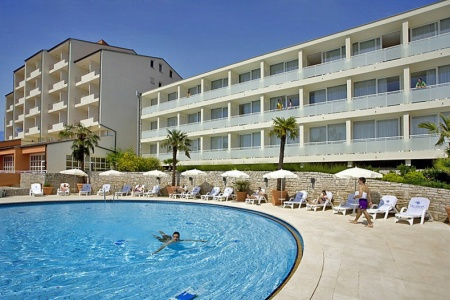 Invia – Miramar Sunny Hotel By Valamar,