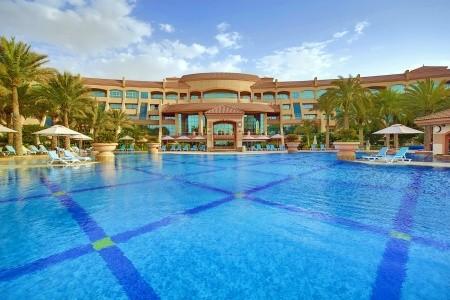 Invia – Al Raha Beach Hotel, Abu Dhabi