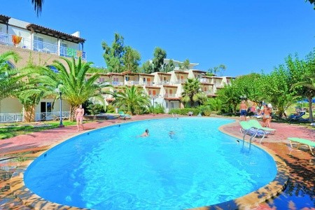 Invia – All Inclusive Talea Beach Resort,