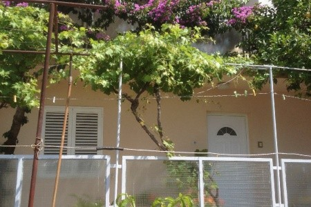 Invia – Apartmány Tragos, Trogir