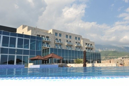 Invia – Avala Resort & Villas, Budva