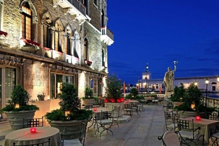 Invia – Bauer Palazzo, Benátky