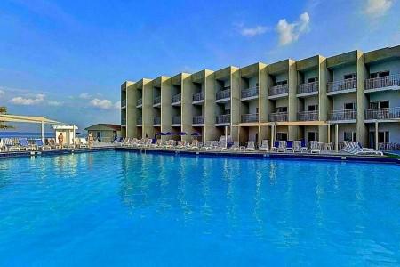 Invia – Beach Hotel Sharjah, Sharjah