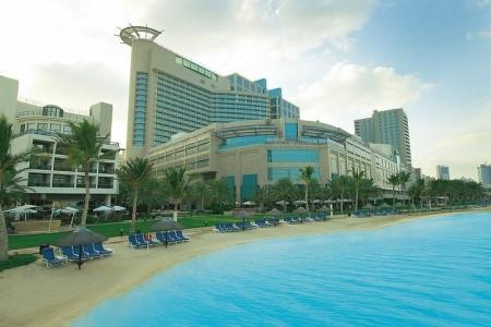 Invia – Beach Rotana Abu Dhabi, Spojené arabské emiráty