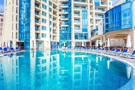 Invia – Blue Pearl Hotel, Slnečné Pobrežie