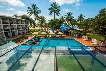 Invia – Camelot Beach Hotel, Negombo