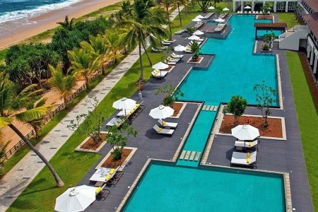 Invia – Centara Ceysands Resort & Spa,