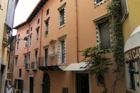 Invia – Hotel Alessi Pig – Desenzano Del Garda, Lago di Garda