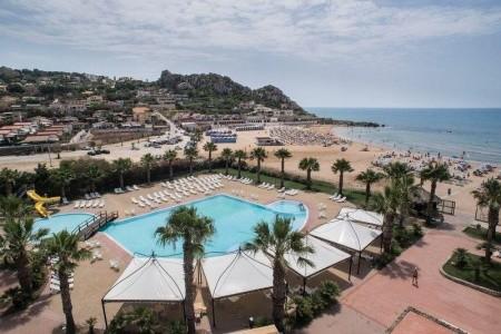 Invia – Hotel Baia Doro, Sicília