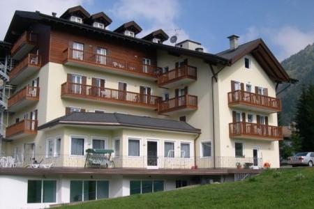 Invia – Hotel Bellamonte, Val di Fiemme/Obereggen
