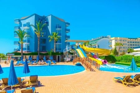 Invia – Hotel Caretta Relax,
