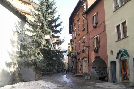 Invia – Hotel Gufo, Alta Valtellina