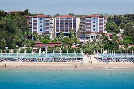 Invia – Hotel Terrace Beach Resort,