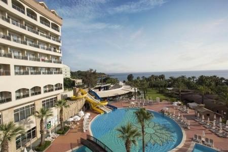 Invia – Kirman Leodikya Resort – Rodinný Pokoj,