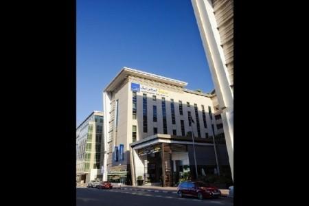 Invia – Novotel Suites Dubai Mall Of The Emirates,