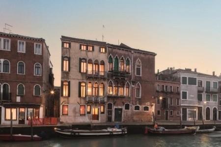 Invia – Palazzo Cendon Le Mansarde, Benátky