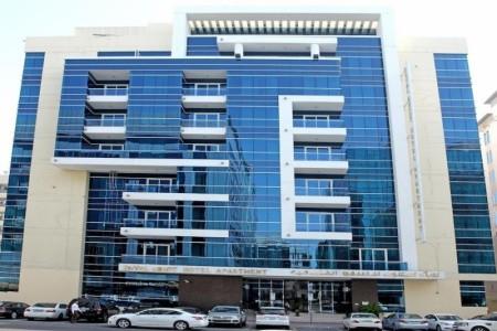 Invia – Royal Ascot Hotel Apartments,