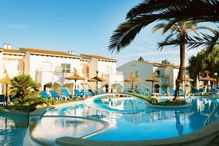 Invia – Seaclub Mediterranean Resort,