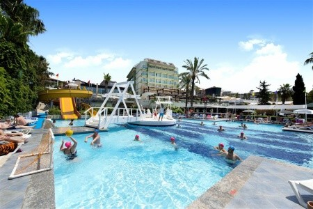 Invia – Sealife Buket Resort & Beach Hotel,