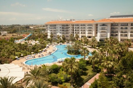 Invia – Sunconnect Sea World Resort & Spa,