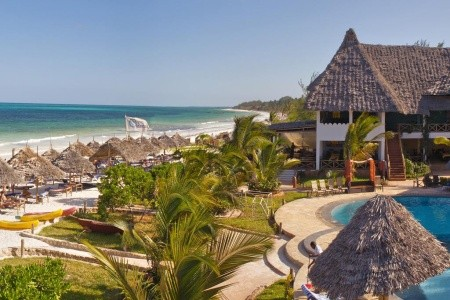 Invia – Waridi Beach Resort, Zanzibar