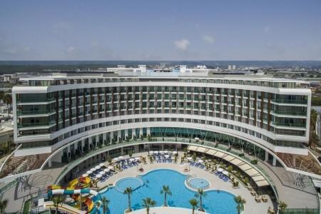 Invia – Xoria Deluxe Hotel,