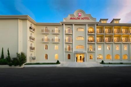 Invia – Avalon Hotel,