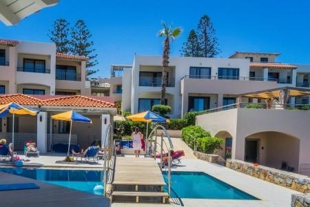 Invia – Castello Village Resort,