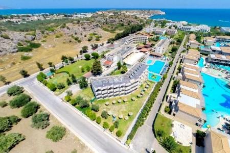 Invia – Delfinia Resort,