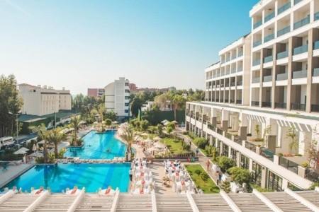 Invia – Hotel Side Valentine Resort,