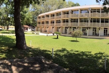Invia – Hotel Velká Pláž, Ulcinj