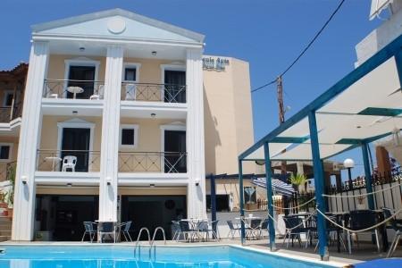 Invia – Renia Hotel Apartments,