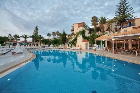 Invia – Rethymno Mare & Water Park,