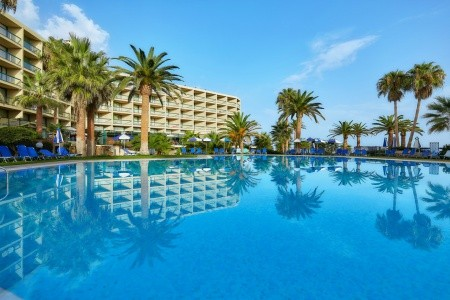 Invia – Sirens Beach Hotel & Village,