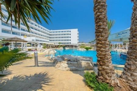 Invia – Tasia Maris Beach Hotel & Spa,